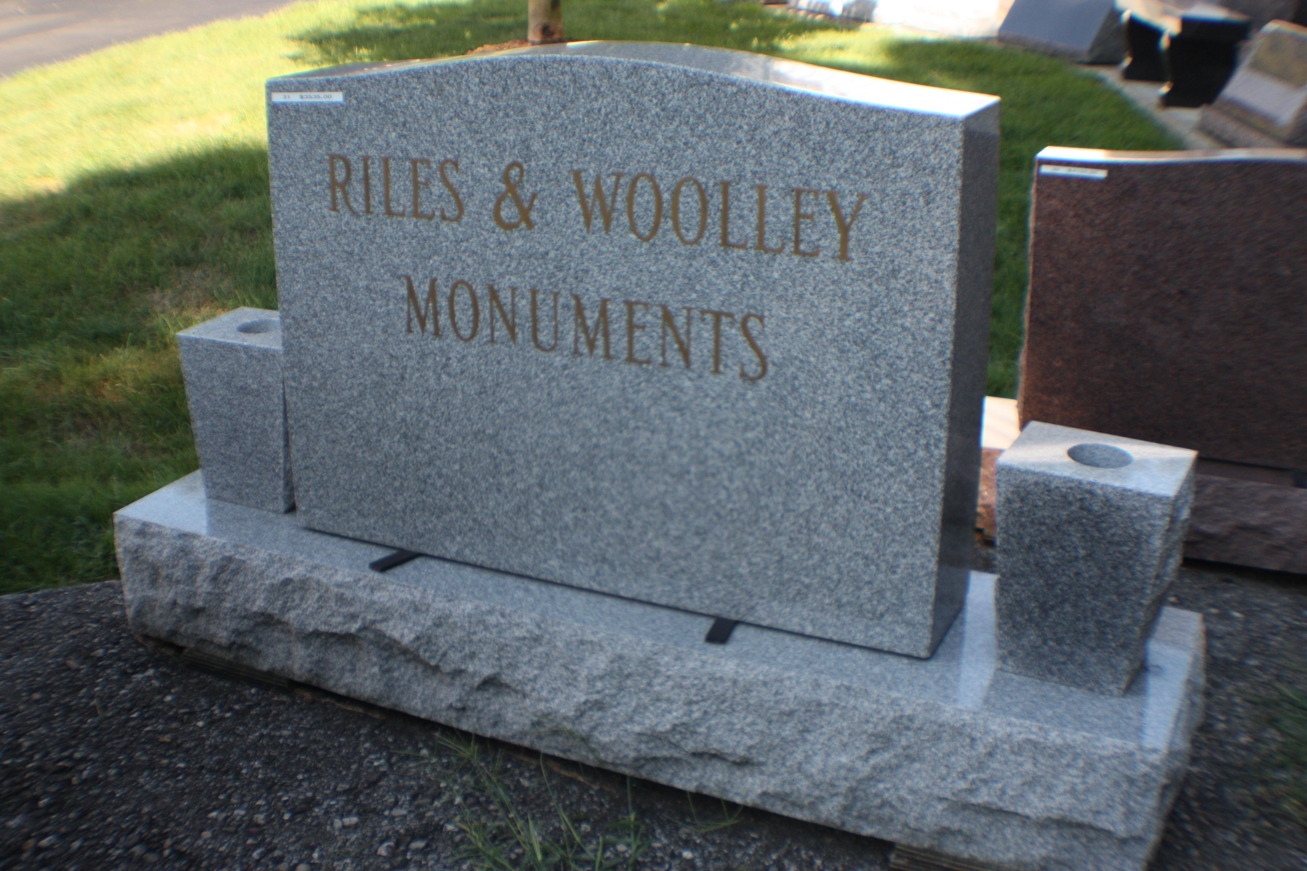 RW Monument 1
