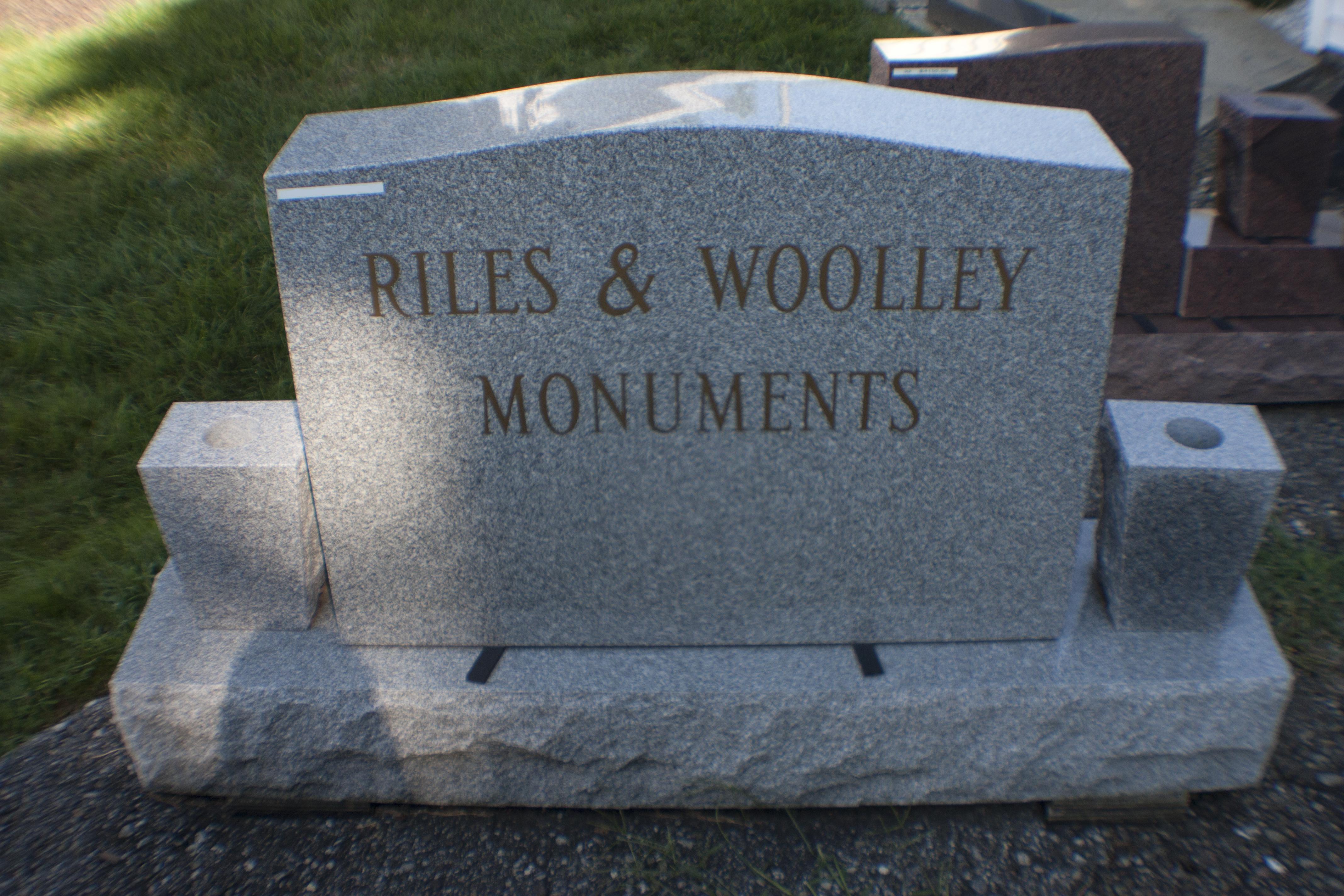 RW Monument 2